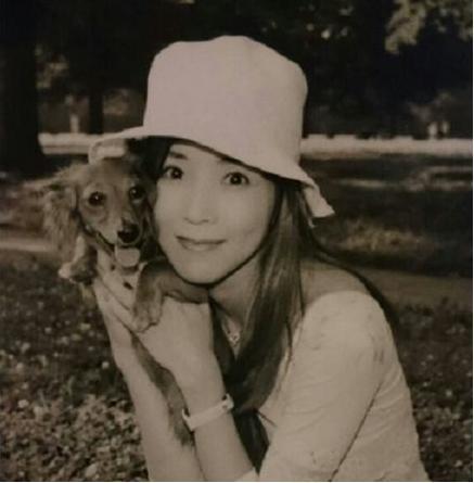 故川島なお美を支えた愛犬「シナモン&ココナツ」との出会いと別れ|MARBLE [マーブル]