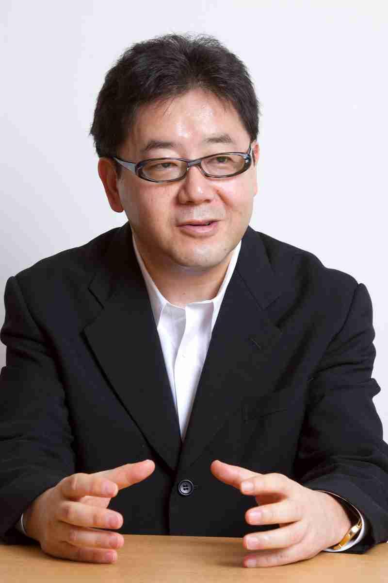 秋元康氏が代々木アニメーション学院の名誉学院長に就任