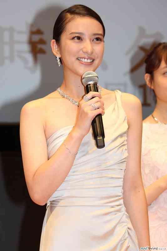 武井咲、滝沢秀明から毎日甘い言葉「聞いていて恥ずかしい」