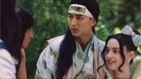 桃ちゃんが流ちょうな英語披露 au『三太郎』初の外国人キャストも登場