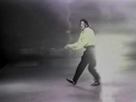 Beat It - Rehearsal in Neverland 1992 - / Michael Jackson - YouTube