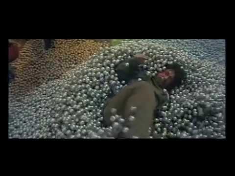 ジャッキー・チェン パチンコ店のアクション - YouTube