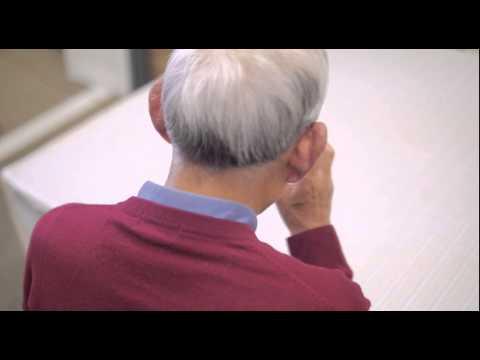 「ビルから飛びおりる」電話相談員の葛藤 - YouTube