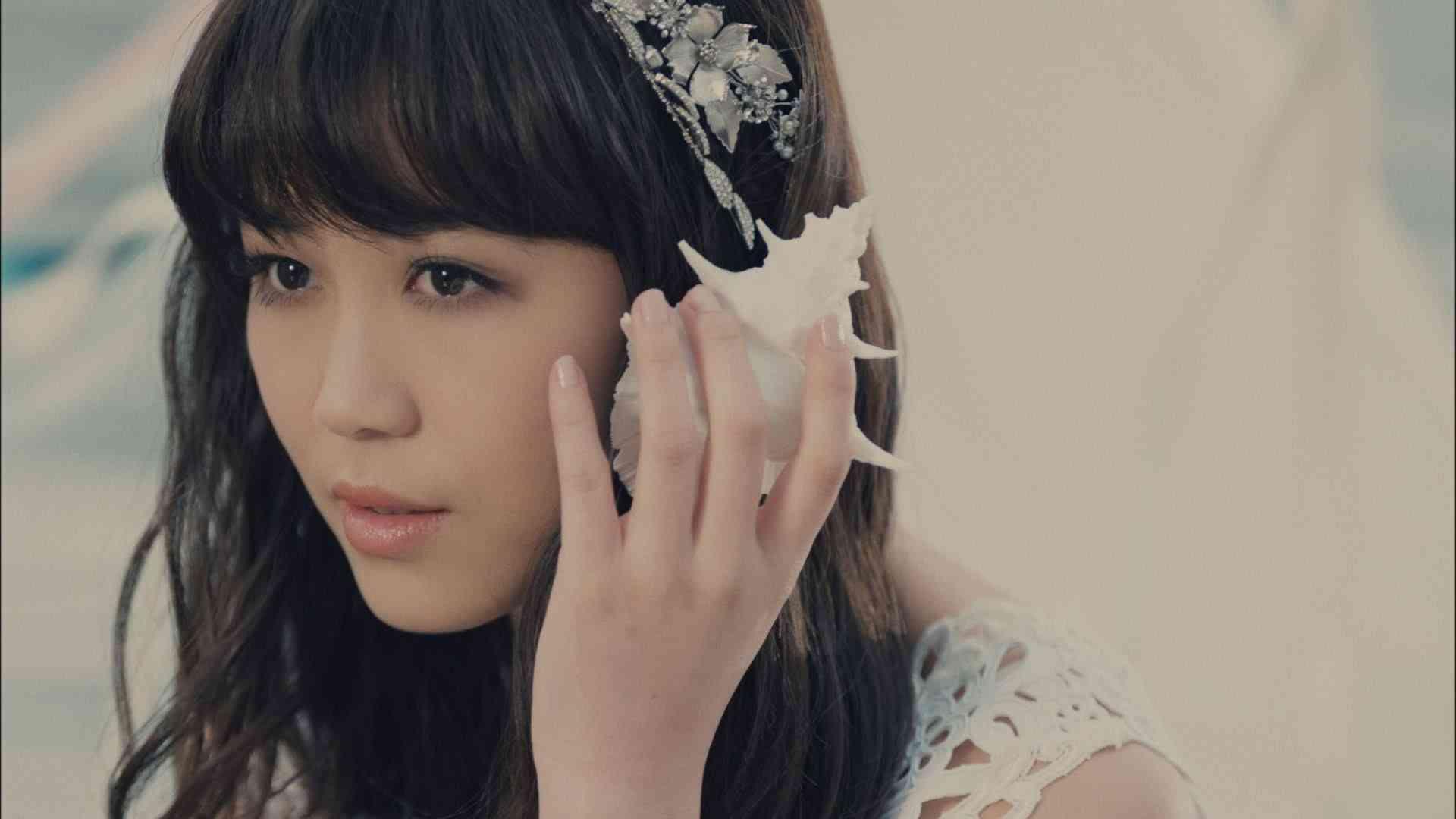 Flower 『Blue Sky Blue』【KOSE「ファシオE-girls実証ライブ」篇CMソング】 - YouTube