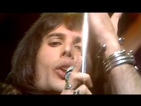 Queen - Killer Queen (Top Of The Pops, 1974) - YouTube