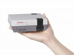 ファミコンタイトル30種類を内蔵した「Nintendo Classic Mini」が海外で11月11日に発売 - 4Gamer.net