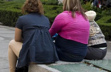 過体重や肥満で寿命縮まる、最大10年 研究 写真1枚 国際ニュース:AFPBB News
