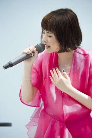 大原櫻子、ラゾーナで新曲「サイン」初披露 3000人が盛り上がる | ORICON STYLE