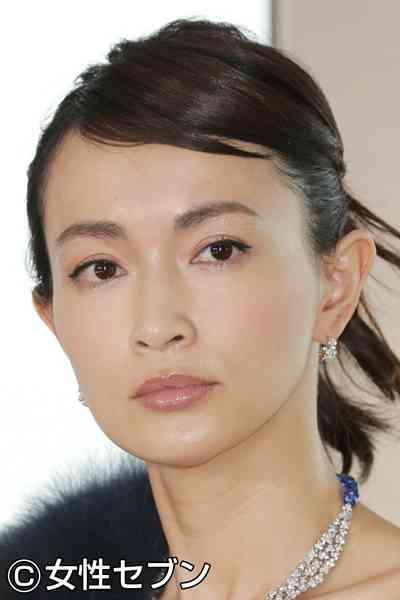 長谷川京子とポルノ新藤晴一 お受験仮面夫婦ではないかと話題に