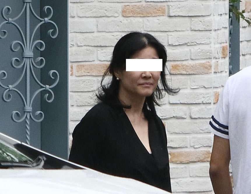 ASKA ブログ再開に妻は激やつれ、マンション売却も検討か (女性自身) - Yahoo!ニュース