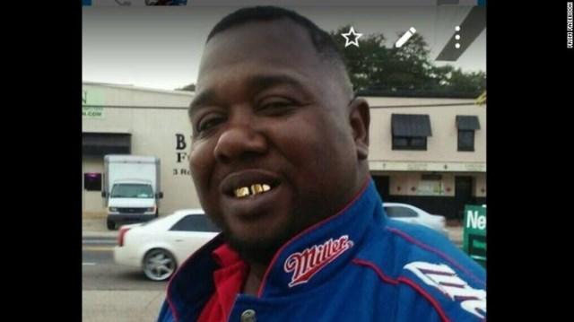 CNN.co.jp : 取り押さえた黒人男性を警官が射殺 米ルイジアナ州 - (1/2)