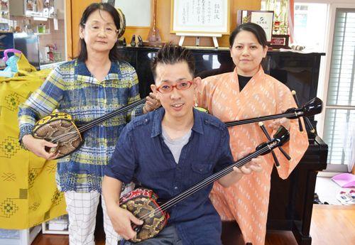 障がい越え、三線グランプリ 親子同時受賞、努力で道開く - 琉球新報 - 沖縄の新聞、地域のニュース