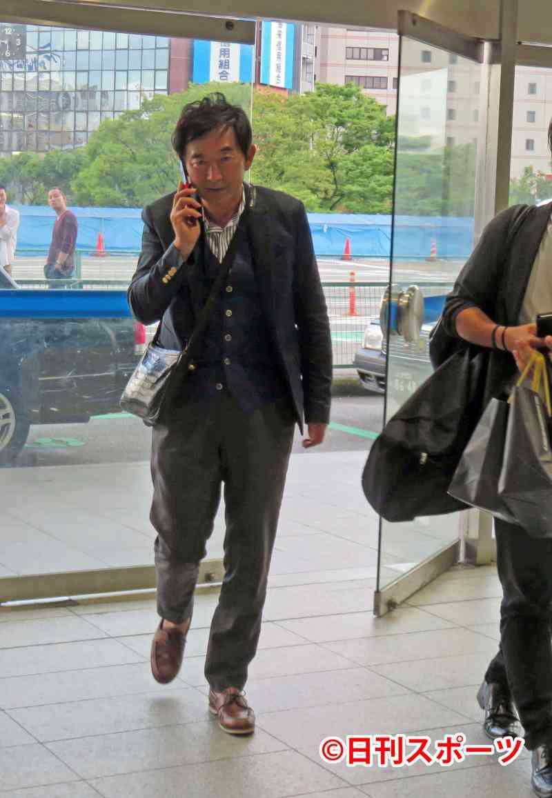 石田純一「数日で何百万、何千万」出馬表明で違約金 - 社会 : 日刊スポーツ