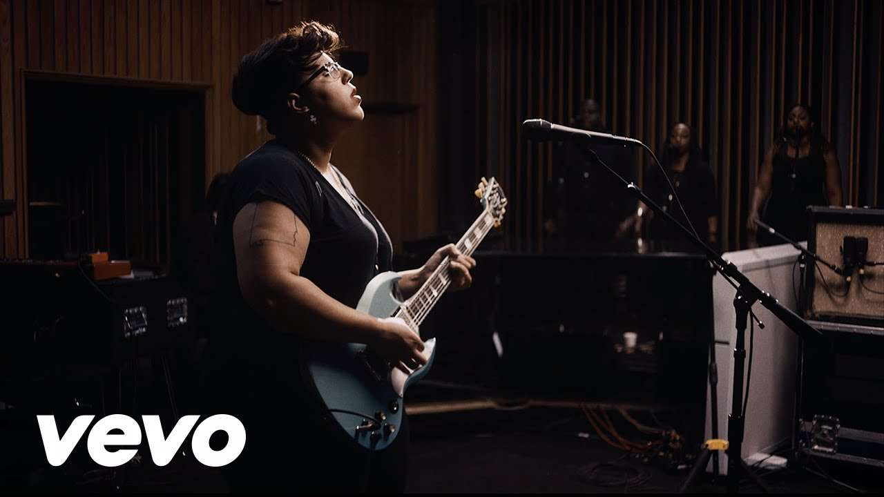 Alabama Shakes - Don't Wanna Fight (Official Video - Live from Capitol Studio A) - YouTube