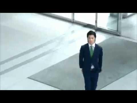 玉山鉄二 CM ロッテ ACUO「喜びダンス」篇 - YouTube