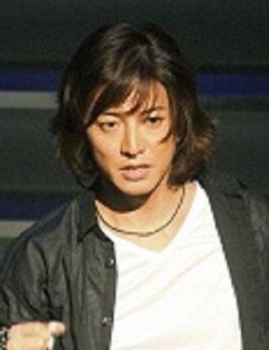 「私は拓哉に裏切られた」SMAP元マネジャー・飯島氏、現在も漏らす恨み言の内容(1ページ目) - デイリーニュースオンライン