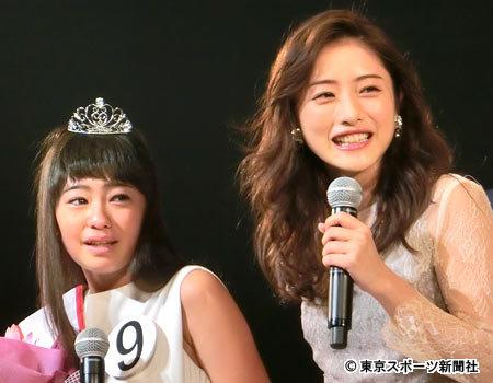 ホリプロTSCグランプリに小6・柳田咲良さん 石原さとみ祝福に感激 (東スポWeb) - Yahoo!ニュース