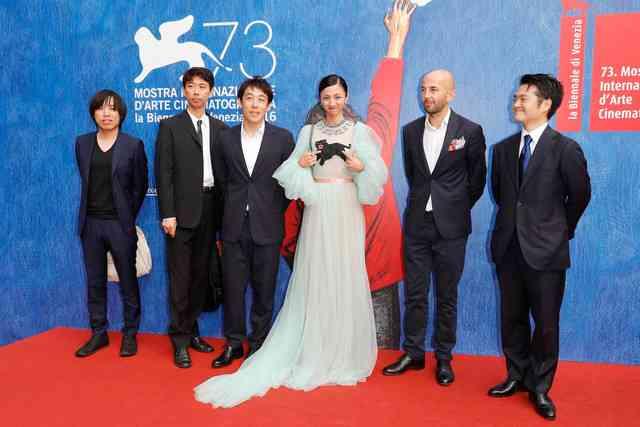 満島ひかりがヴェネツィア映画祭に登場、「愚行録」出演の決め手は「監督の誠実さ」 - 映画ナタリー