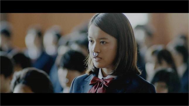 「濃い牛乳を出し続けるんだよ」女子高生を胸が大きい「乳牛」に見立てたAGFのCM動画に賛否