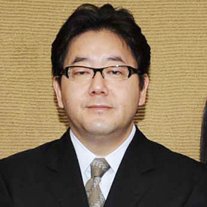 秋元康氏がエイベックスと劇団立ち上げ AKB48ファンから非難の声も - ライブドアニュース