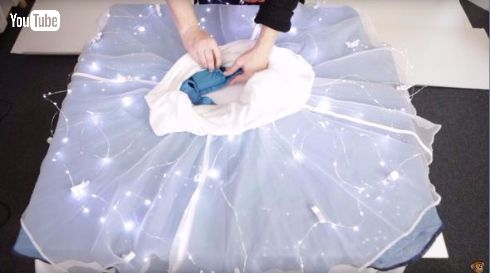 星空をはこう 250個以上のLEDが夜空を演出する「光るスカート」が美しい