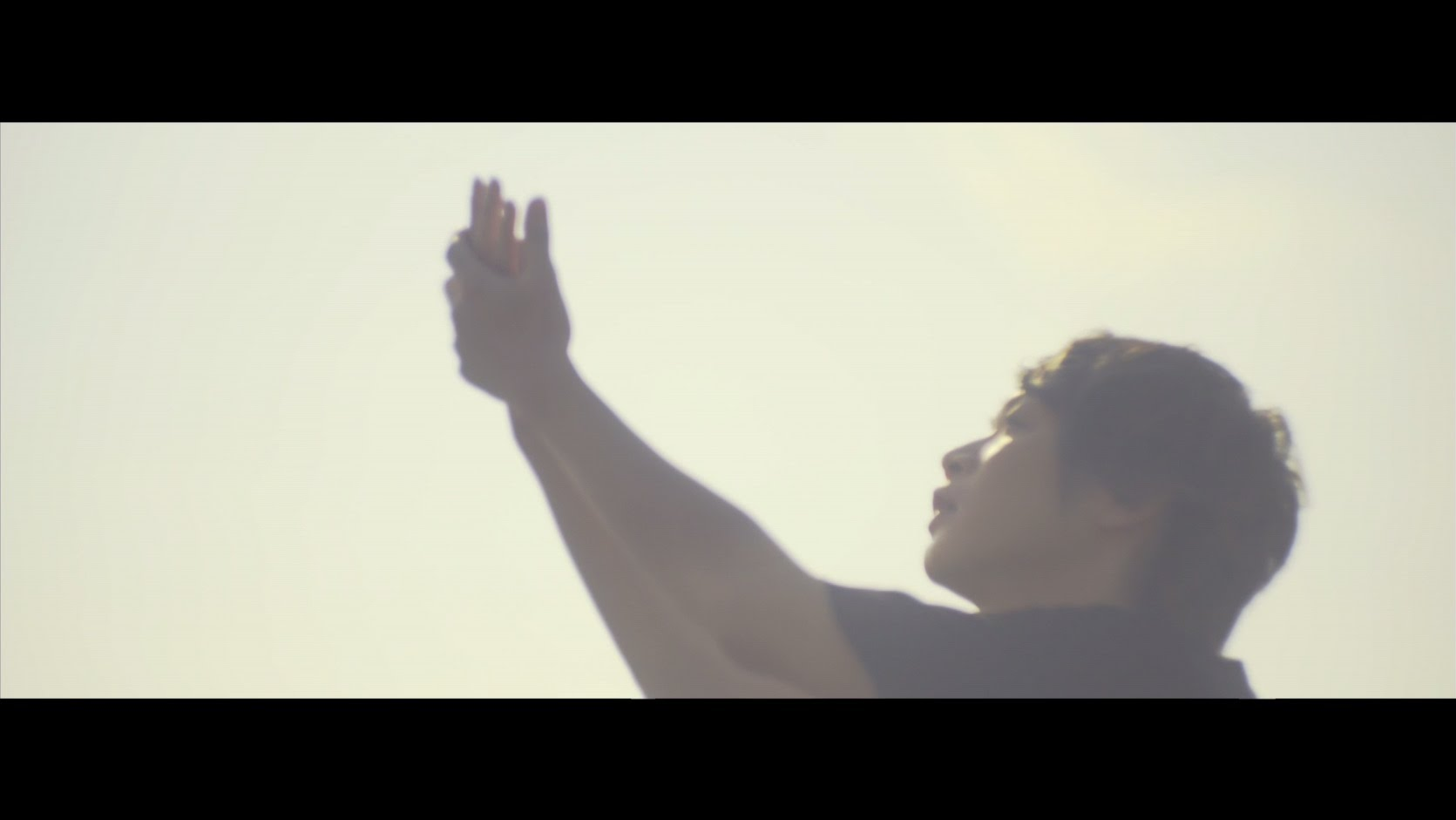 Aqua Timez 『12月のひまわり』MV - YouTube