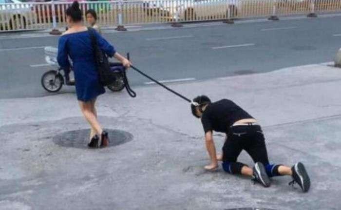 「彼は私のペット」=中国人女性、男性の首にロープを結んで街中を散歩[9/12] 【画像】 : 2chマジレスせよ(特亜:中国・韓国・日本ネタ)
