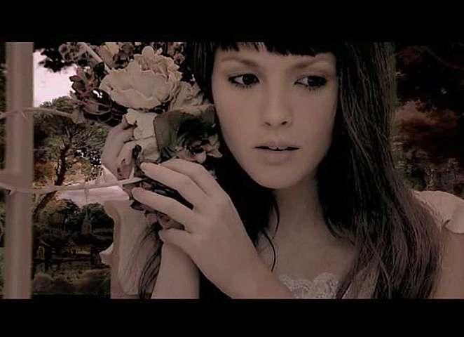 消えた歌姫…『海猿』の主題歌を歌っていた伊藤由奈はいま?