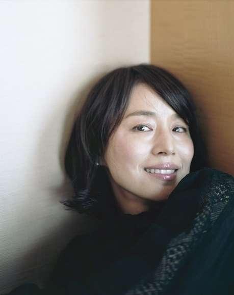 「逃げ恥」でも話題、可愛いすぎる47歳・石田ゆり子が語る「今の自分の方が好き」