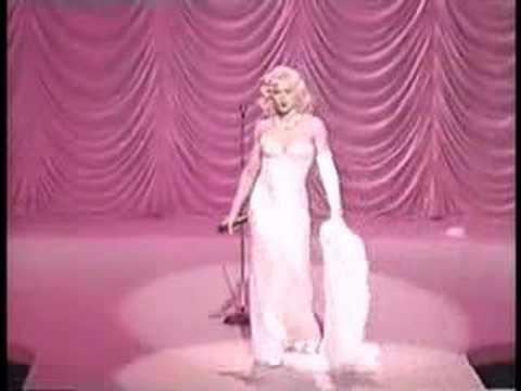 Madonna - Santa Baby - YouTube