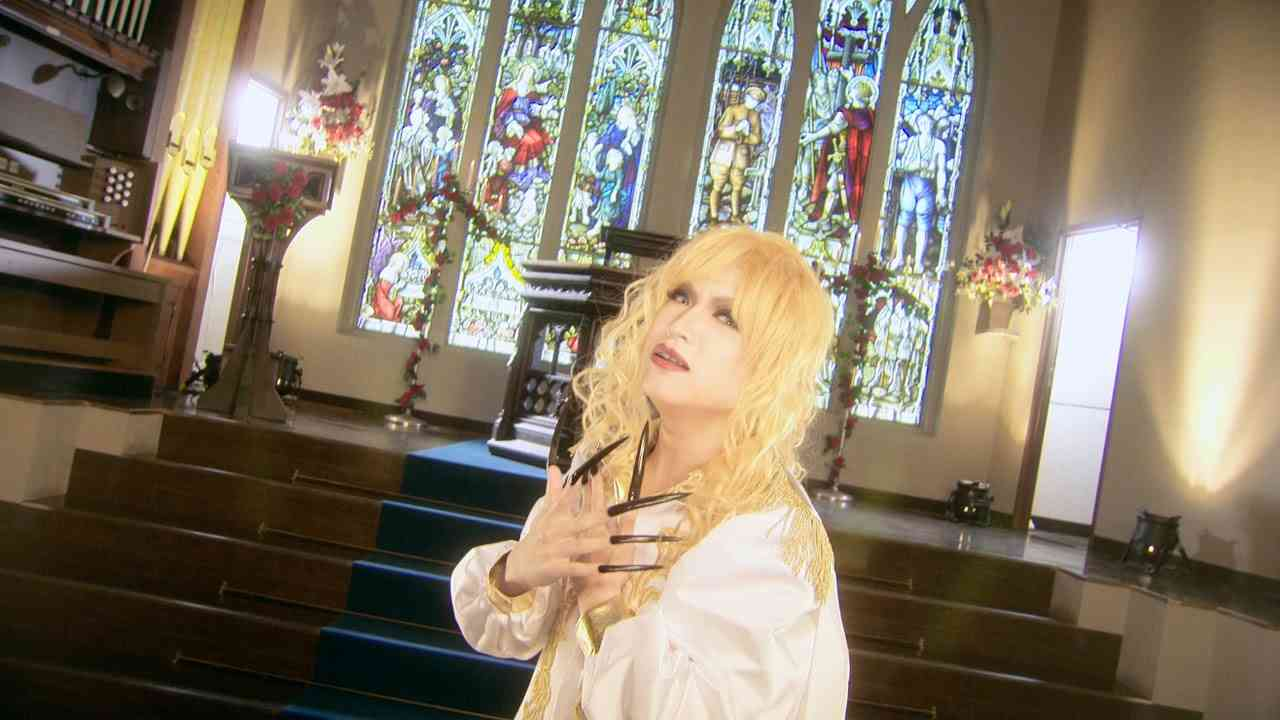 ゴールデンボンバー「欲望の歌」FULL PV - YouTube