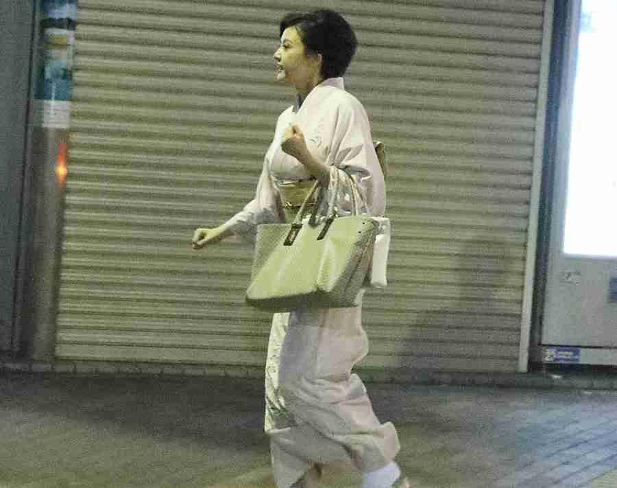 藤原紀香 デビュー1カ月…先輩妻たちが押す「梨園妻失格」の烙印