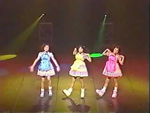 2000年  スーパージェットシューズ 河島佑香 樫乃有香 西脇絢香 - YouTube