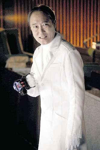 佐野史郎が念願の「仮面ライダー」敵役!デビュー31年目の初出演で変身も!