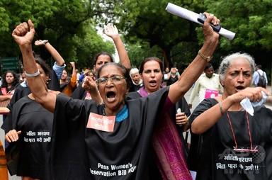 インドの女子大生、同じ加害者らから再び集団レイプ被害 写真1枚 国際ニュース:AFPBB News