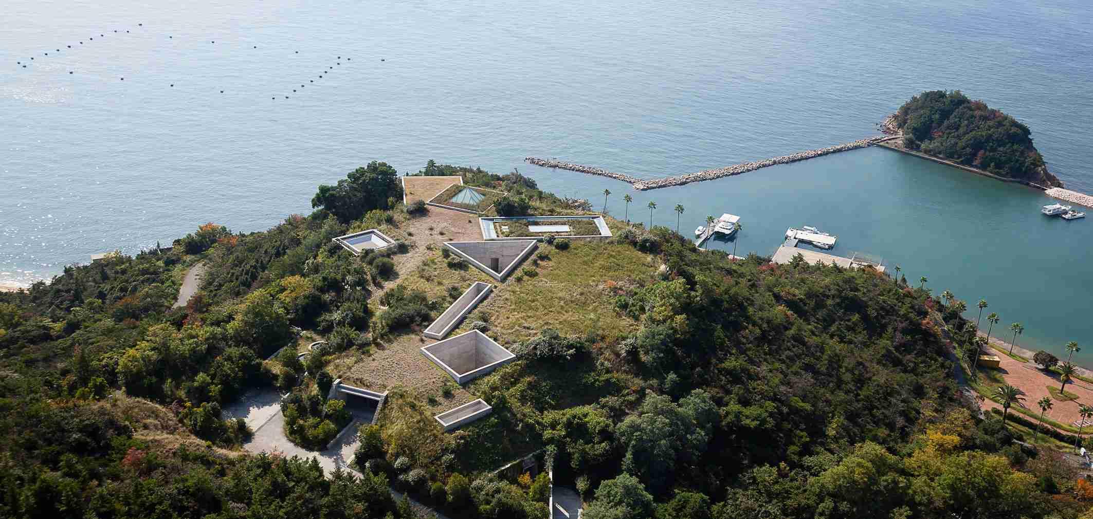 地中美術館   アート   ベネッセアートサイト直島