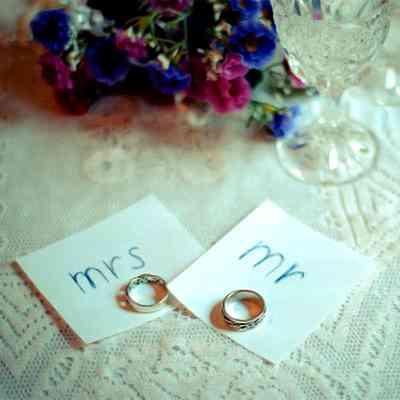 結婚願望20代で低下=子供の希望も、「経済格差影響」―青少年機構