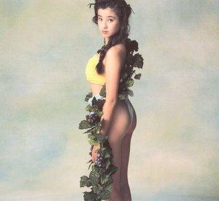 宮沢りえの伝説的写真集「サンタフェ」秘話や最新写真集の噂まとめ | LAUGHY [ラフィ]