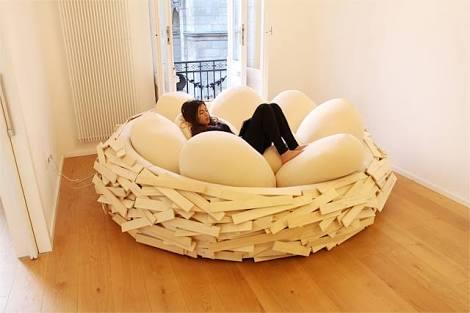 オフィスに置くの厳禁! 布団と椅子が融合したダメ人間用アイテム「Cocon」が超イイ