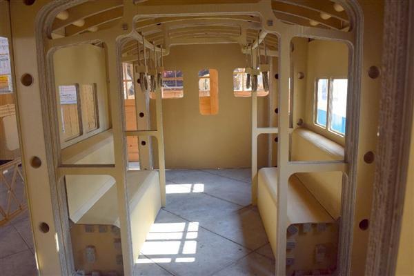 段ボールなのにこのクオリティ…高校生のつくった105系「段ボール電車」がリアル 和歌山