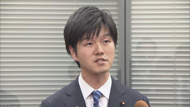 自民農林部会長代理 TPP承認議案採決前に退席 | NHKニュース
