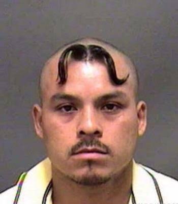 髪をバッサリ切った人!