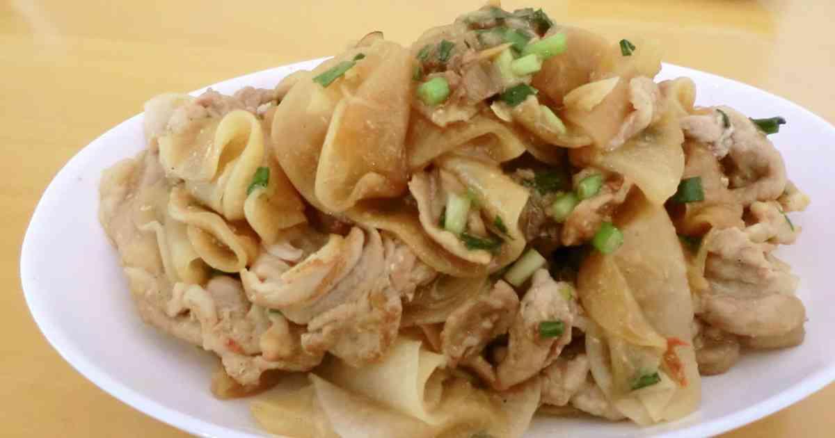 スライス大根と豚肉のにんにく醤油炒め by pakira555 [クックパッド] 簡単おいしいみんなのレシピが253万品