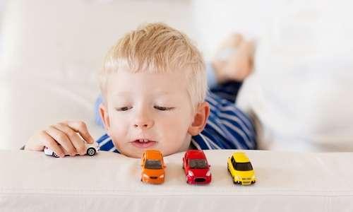 子供のおもちゃを買う頻度、タイミング