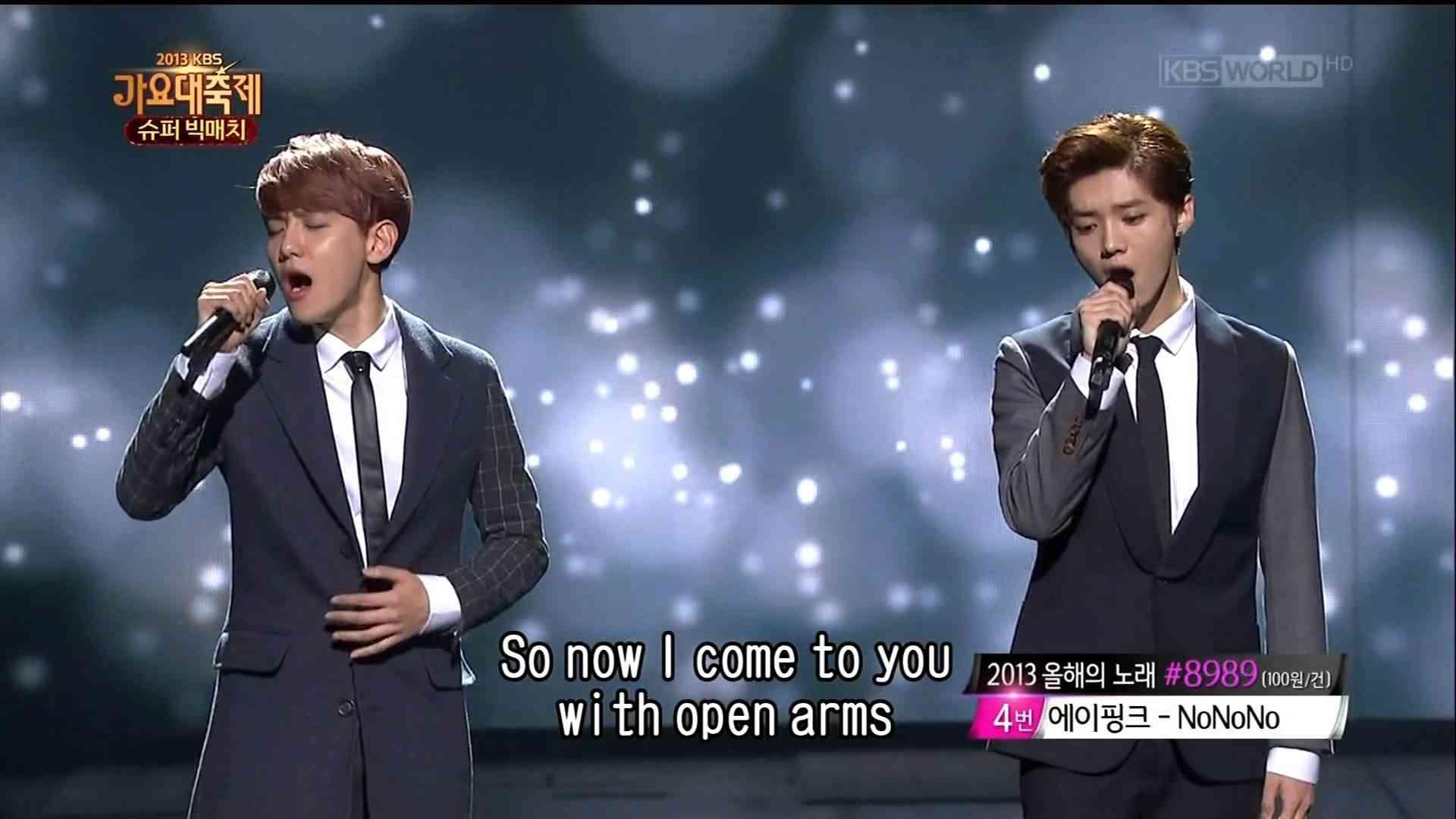 Baekhyun & Chen & D.O. & Luhan (EXO) vs Sehun & Lay & Kai (EXO) [LIVE] - YouTube