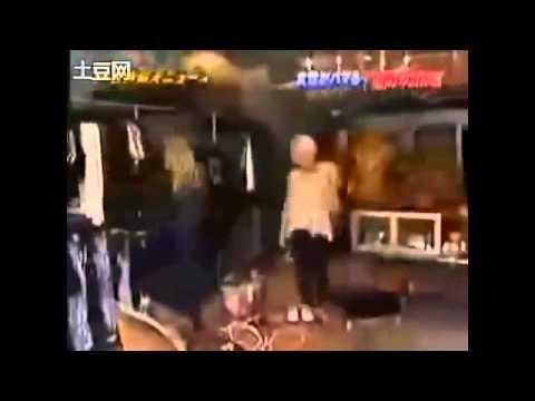ザ!世界仰天ニュース「買い物依存症」 - YouTube