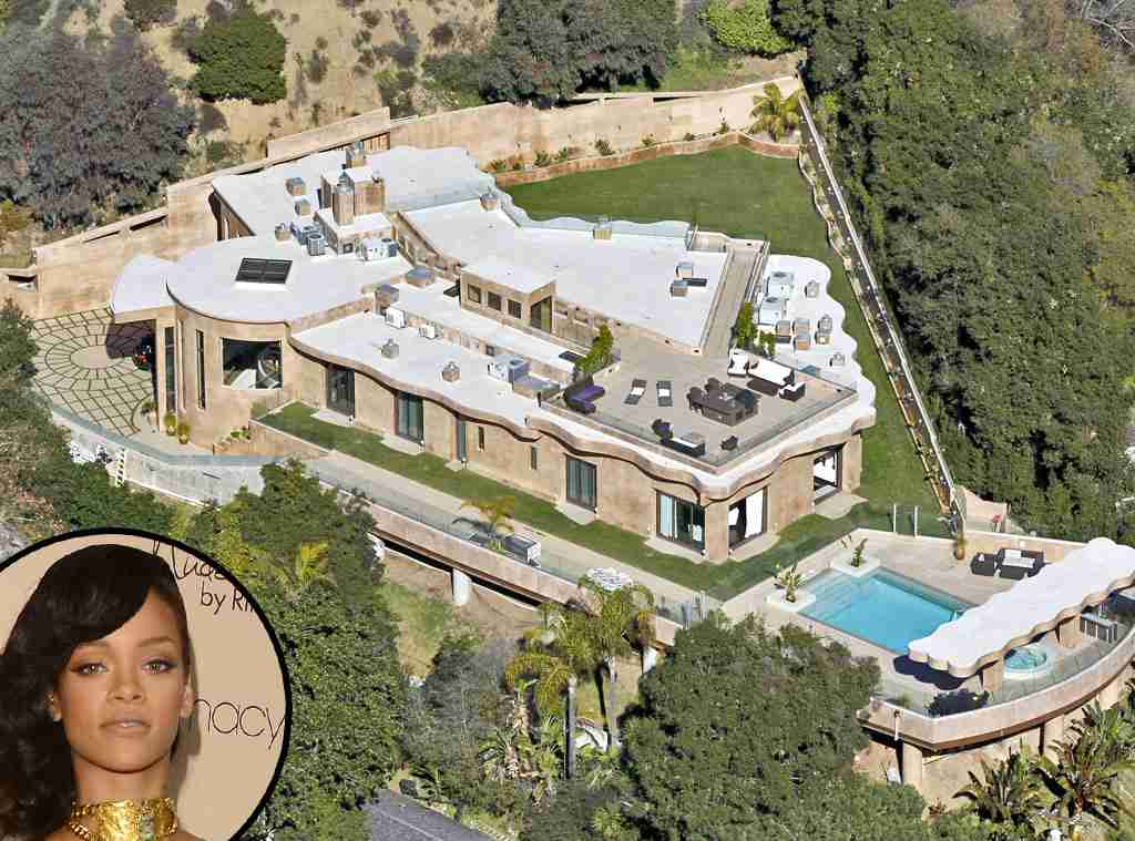 富豪の家を貼るトピ