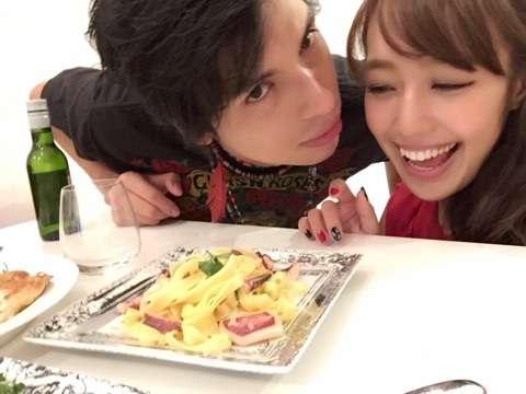 【微閲覧注意】元AKB48・川崎希さんの手料理をご覧ください