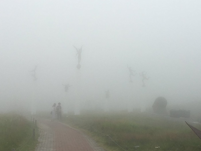 長野県の美術館、霧が降るとサイレントヒル状態で怖すぎるw