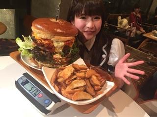 大食いタレント、もえのあずきの生態にスタジオ驚愕 「満腹は足の付け根で感じる」